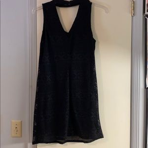 Dresses & Skirts - BOUTIQUE two layer black dress with v cut